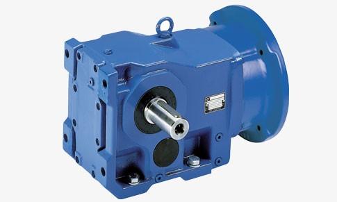 Réducteur en fonte avec lanterne IEC permettant le montage d'un moteur standard.